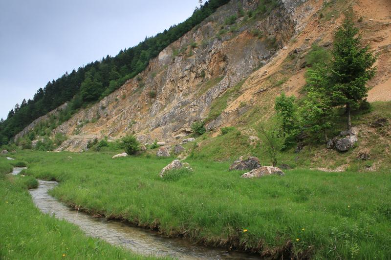 râul mare din piatra craiului