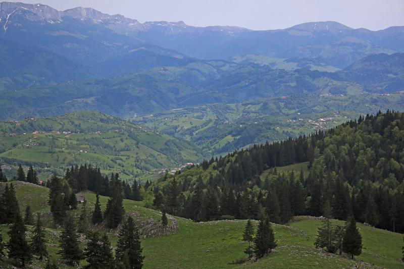 satele brănene văzute din crai