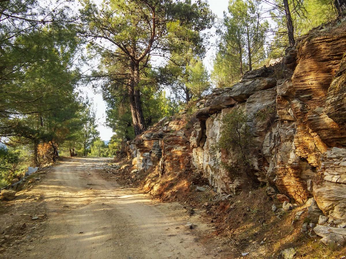 Drum în Thassos