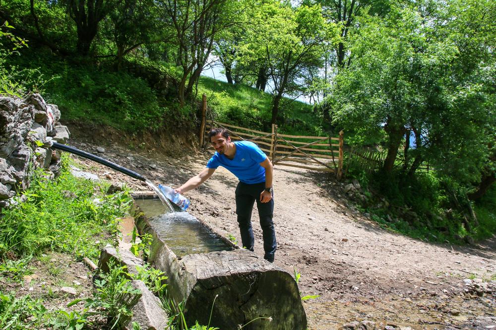 Popas la izvorul din Dobraia