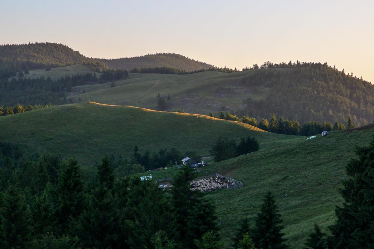 La răsărit în munții Brețcului