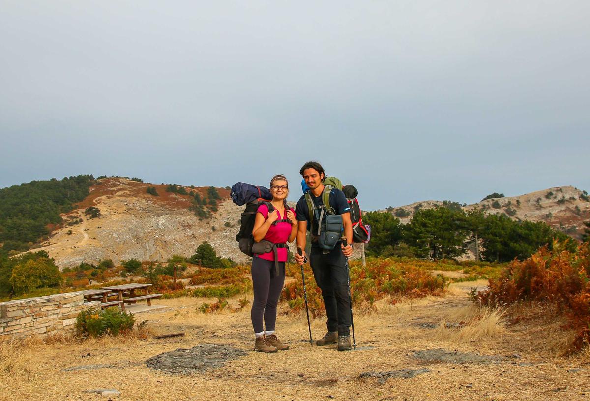 Turiști pedeștri în Thassos