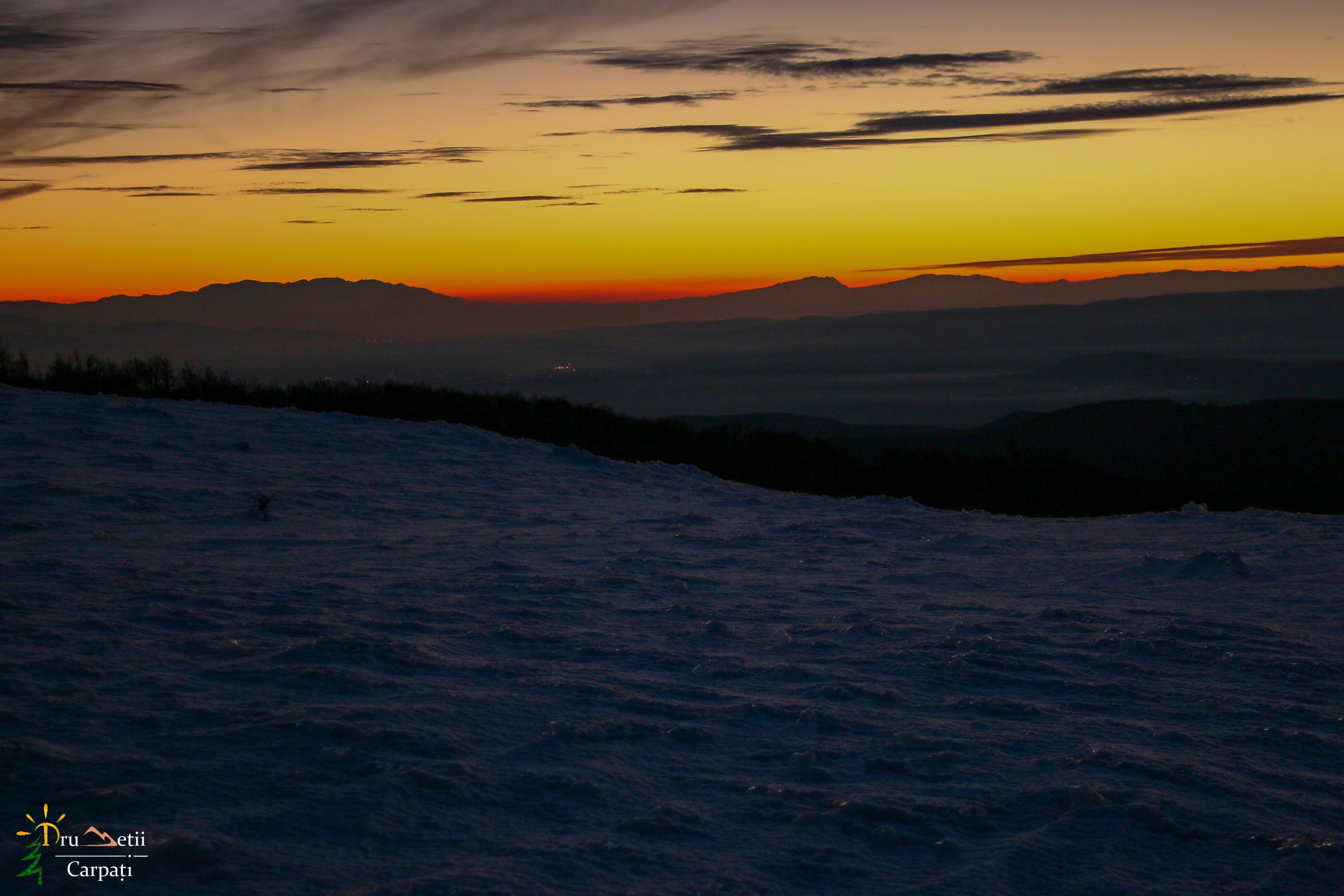 Aventură de iarnă pe rachete, cu răsfăț la băi @ Munții Bodoc